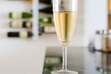 Vyno degustacija: patarimai kaip gerti vyną
